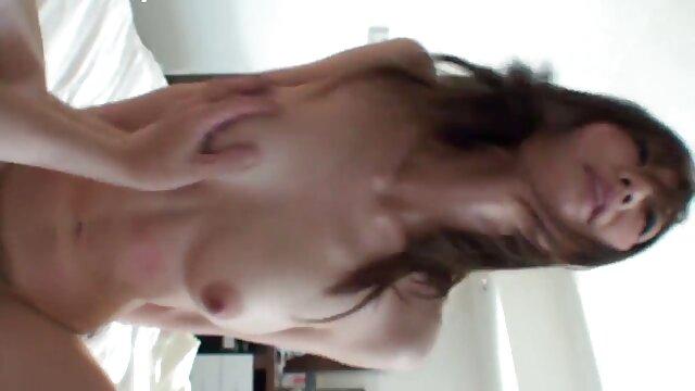 Késett a munka, szexsz hu a bőre és a restaurátor férjének a tagja