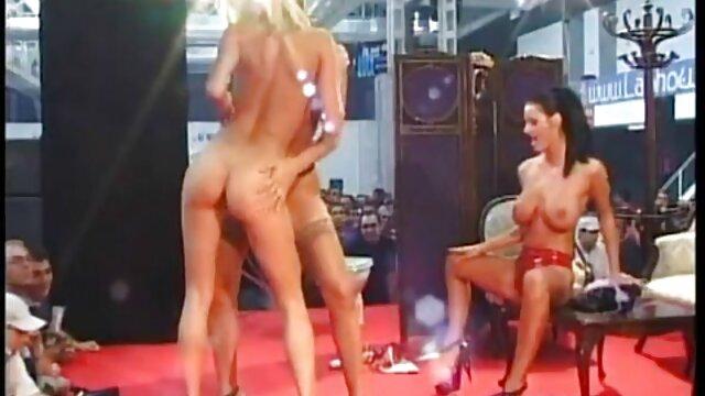A csoport együtt két csodálatos voksan virag porno csajok