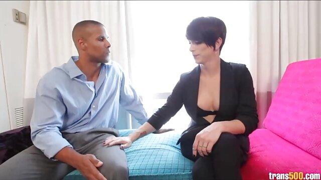 MILF anya sex videok az új ember a kamera