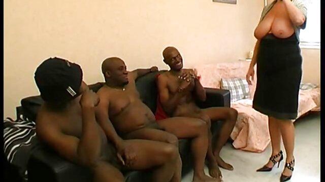 Fiatal szex az ingyenes erotikus videok ágyon